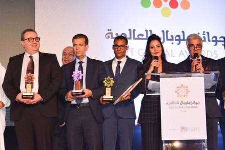"""مصطفى أمدجار يفوز بجائزة التميز المهني العربي من لدن """"غلوبال العالمية"""""""